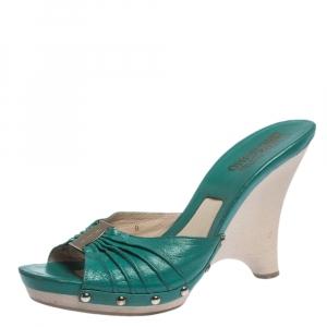 Salvatore Ferragamo Green Pleated Leather Peep Toe Platform Sandals Size 39.5 - used
