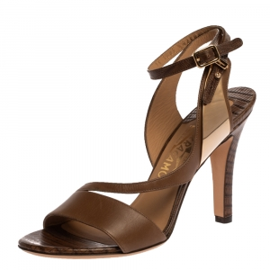 Salvatore Ferragamo Brown Lizard Embossed Leather Ankle Strap Sandals Size 36.5 - used