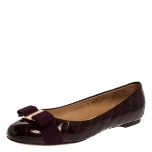 Salvatore Ferragamo Burgundy Quilted Patent Leather Varina Vara Bow Flats Size 37 - used