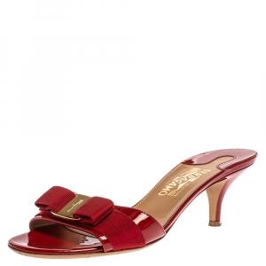 Salvatore Ferragamo Red Patent Leather Vara Bow Open Toe Sandals Size 39
