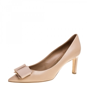 Salvatore Ferragamo Beige Leather Zeri Pumps Size 40.5