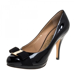 Salvatore Ferragamo Black Patent Leather Vara Bow Round Toe Pumps Size 36.5