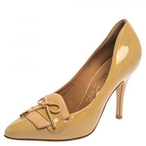 Salvatore Ferragamo Beige Patent Leather Trim Bow Pointed Toe Pumps Size 36