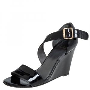 Stuart Weitzman Black Patent Leather Wedge Sandals Size 38.5 - used