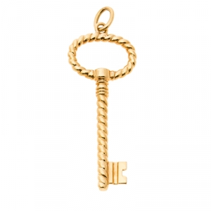 Tiffany & Co. Twist Oval 18k Yellow Gold Key Pendant