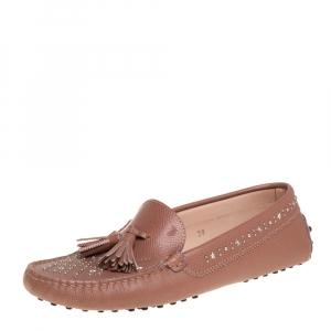 حذاء لوفرز تودز سليب أون شراشيب جلد ترصيعات بيج مقاس 39
