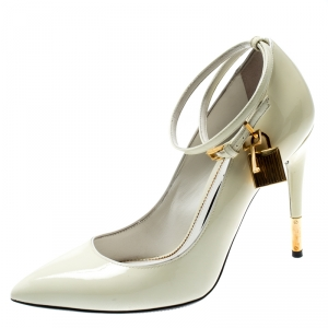 Tom Ford Cream Patent Leather Padlock Ankle Wrap Pointed Toe Pumps Size 38