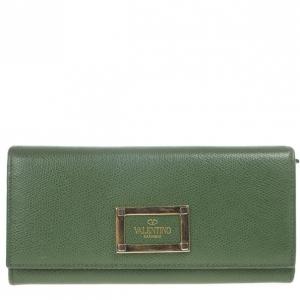 Valentino Garavani Flap Continental Wallet