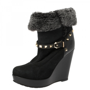 Valentino Black Suede and Faux Fur Rockstud Snow Boots Size 37.5