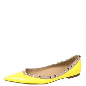 حذاء فلات باليه فالنتينو روكستد جلد لامع أخضر نيون مقاس 39.5