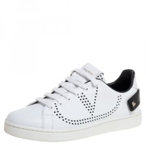 حذاء رياضى فالنتينو باكنت جلد أبيض مقاس 35