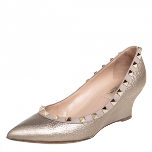 Valentino Metallic Gold/Beige Leather Rockstud Pointed Toe Wedge Pumps Size 36