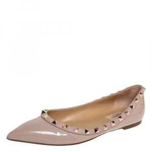 حذاء باليرينا فلات فالنتينو جلد بيج لامع روكستد مقاس 38