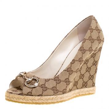 27b7ac7646a Gucci Beige GG Canvas Charlotte Horsebit Peep Toe Wedge Pumps Size 39.5