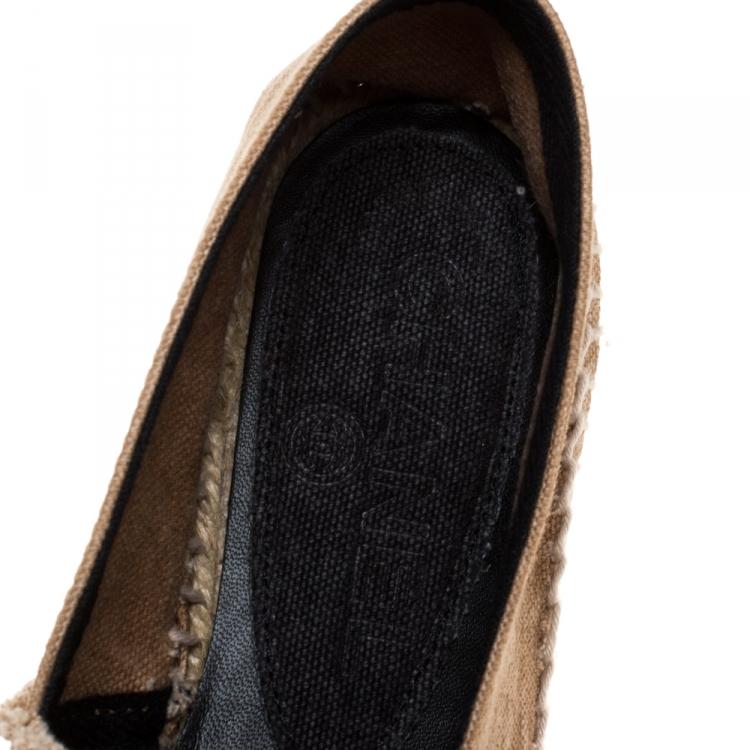 Chanel Beige/Black Canvas CC Logo Espadrilles Size 38