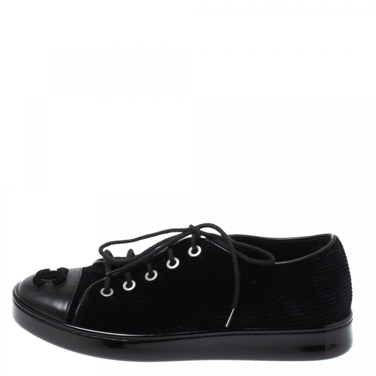 Leather CC Sneakers Size 35 Chanel