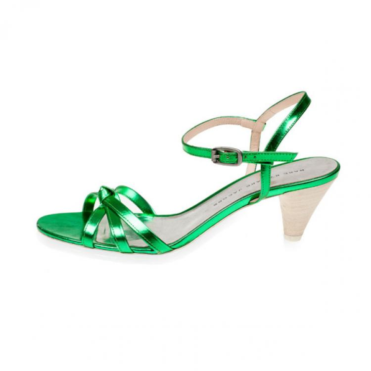 Marc by Marc Jacobs Green Metallic Leather Low Heeled Sandals Size 37.5