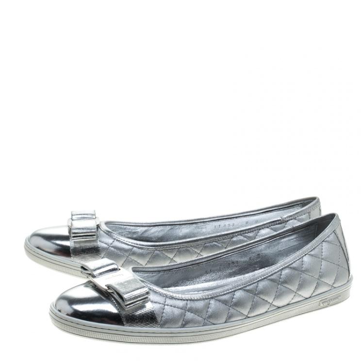 Salvatore Ferragamo Metallic Silver Quilted Leather Rufina Sneaker Ballet Flats Size 39.5
