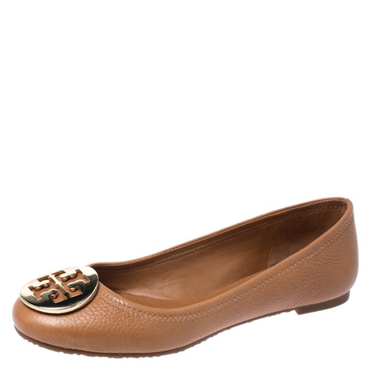 حذاء باليرينا فلات توري بورش ريفا جلد بني مقاس 36 5 توري برش Tlc