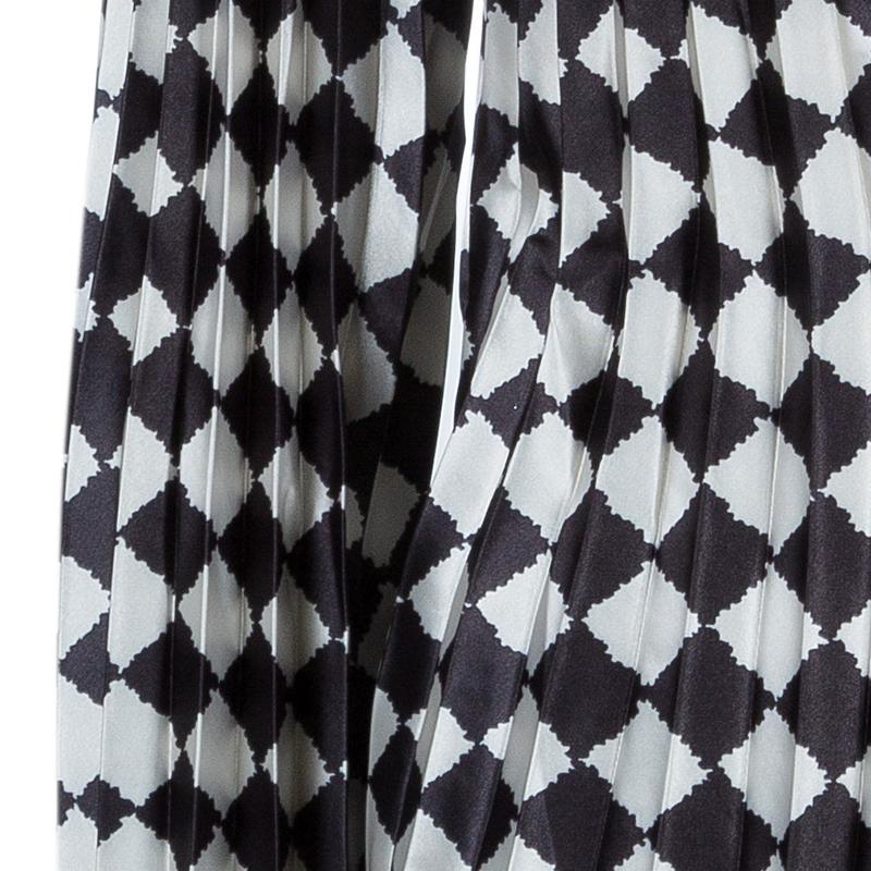 Emporio Armani Black and White Checked Blazer and Pants Set S/M