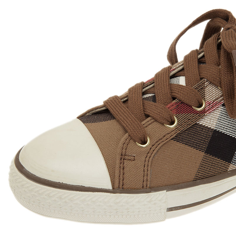 Burberry Beige Novacheck Canvas and Leather Sneakers Size 40