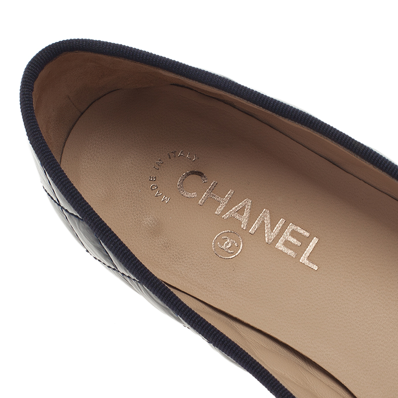 Chanel Navy Blue Quilted Leather CC Cap Toe Ballet Flats Size 41.5