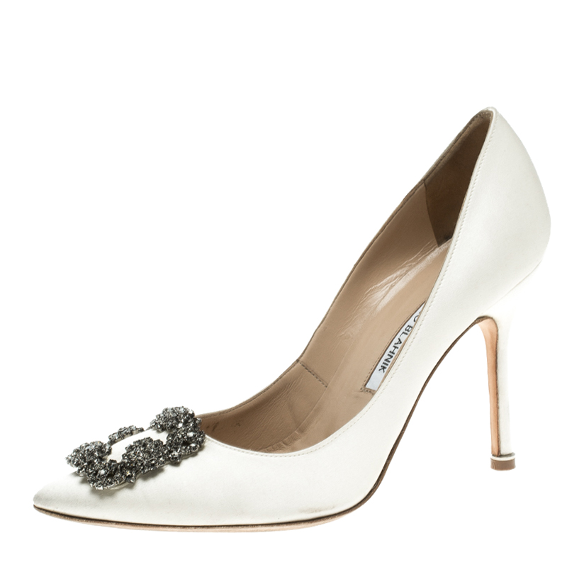 60d13f28f3aa ... best price manolo blahnik white satin hangisi embellished pumps size  37.5. nextprev. prevnext 480c5