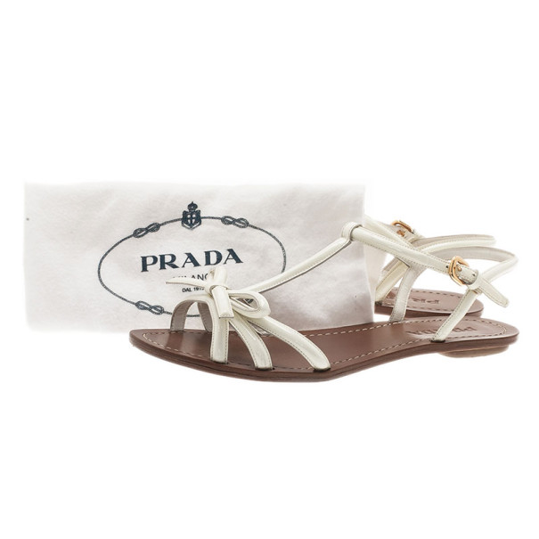 Prada White Patent Leather Bow Detail Flat Sandals Size 38