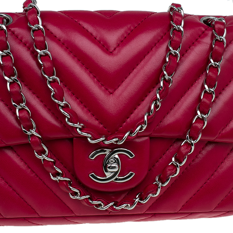 Chanel Red Chevron Quilted Lambskin Medium Classic Single Flap Bag