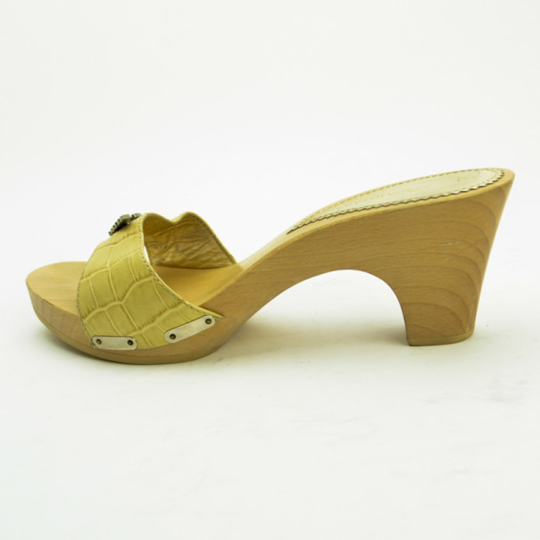 Emporio Armani Cream Croc Embossed Wooden Clogs Size 38