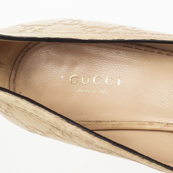 Gucci Cream Guccissima Stamped Leather Horsebit Peep Toe Pumps Size 38.5
