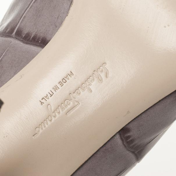 Salvatore Ferragamo Croc Embossed Vara Bow Pumps Size 39