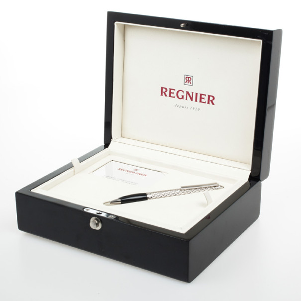 Regnier Resin and Steel Plated Patterned Pen