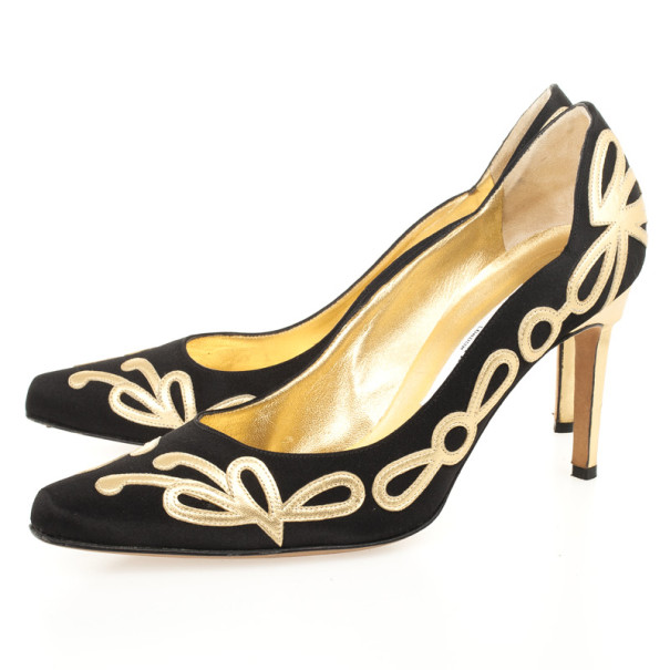 Manolo Blahnik  Black Satin Gold Detail Pumps Size 38.5