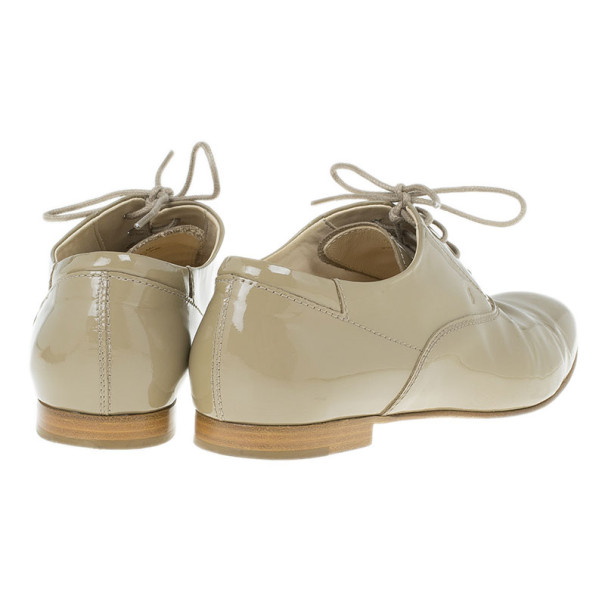 Tod's Beige Patent Leather Lace Up Oxfords Size 36.5