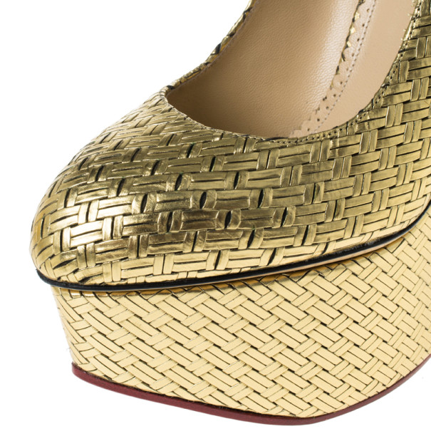 Charlotte Olympia Gold Metallic Carmen Woven Leather Wedge Pumps Size 40