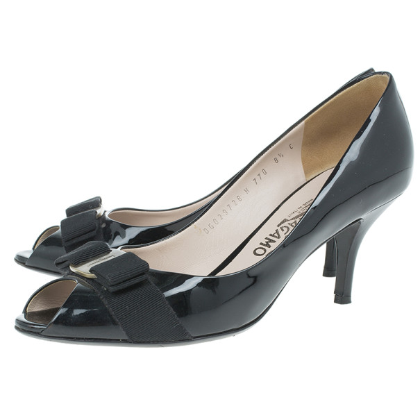 Salvatore Ferragamo Black Patent Vara Bow Peep Toe Pumps Size 39