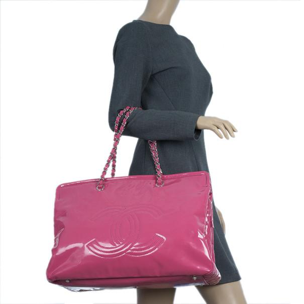 Chanel Fuschia Pink Patent Leather CC Logo Shopping Tote