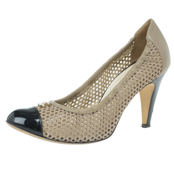 Chanel Two Tone Cutout Cap Toe CC Pumps Size 39