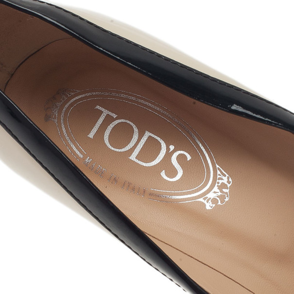 Tod's Cream Patent Fringe Tassel Pumps Size 39