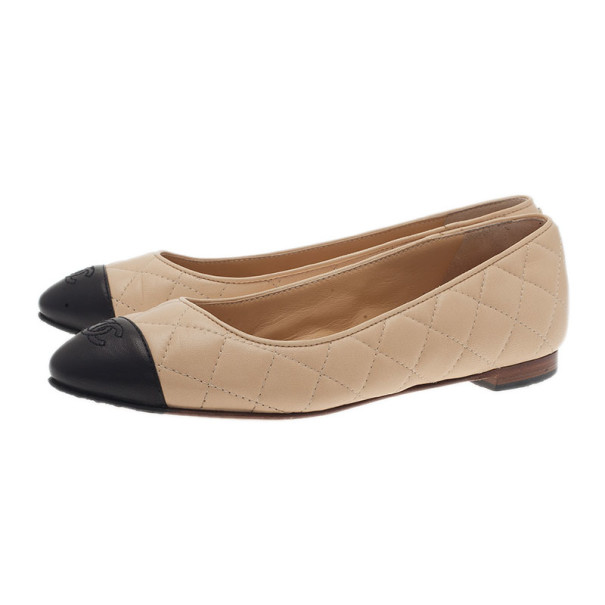 Chanel Beige and Black Quilted Leather Ballet Flats Size 35
