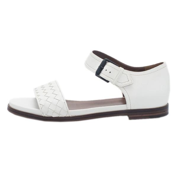 Bottega Veneta White Intrecciato Leather Flat Sandals Size 39
