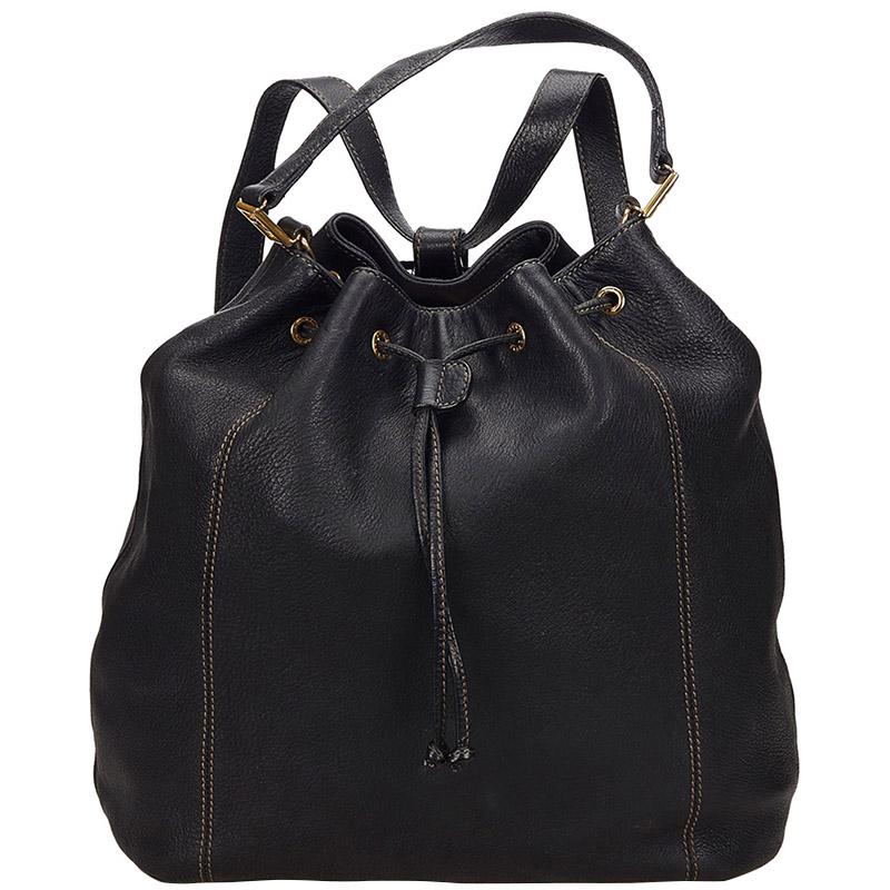Купить со скидкой Fendi Black Leather Drawstring Backpack