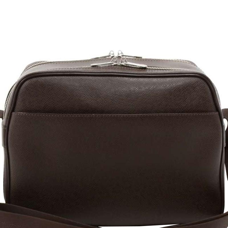 Купить со скидкой Louis Vuitton Grizzli Taiga Leather Reporter Bag