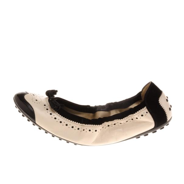 Tod's Black & Beige Brogue Tassel Ballet Flats Size 40