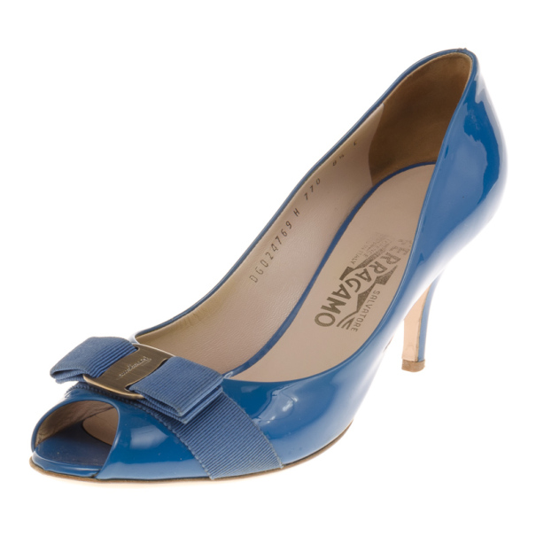 Salvatore Ferragamo Blue Patent Vara Bow Peep Toe Pumps Size 39