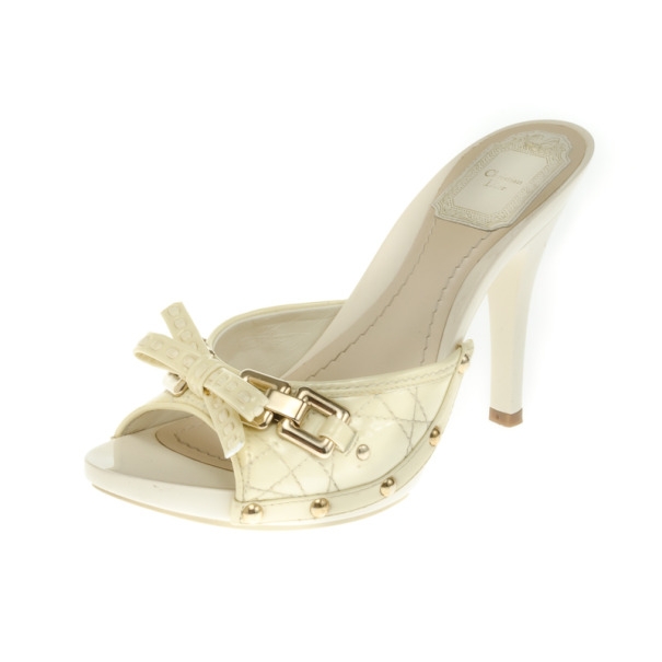 Christian Dior White Cannage Patent Bow Slides Size 36