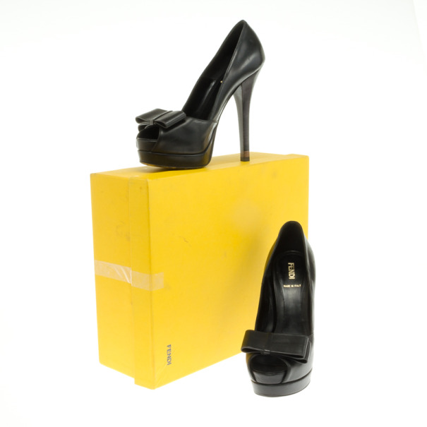 Fendi Black Leather Bow Detail Platform Pumps Size 36