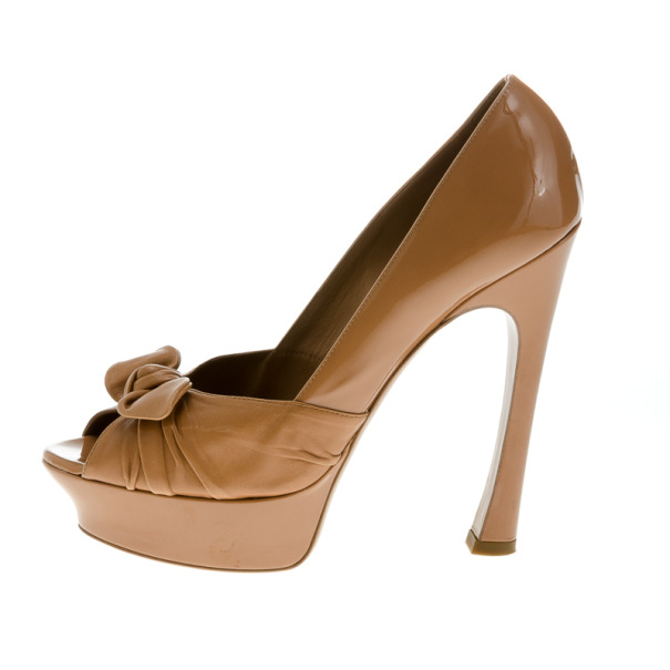 Saint Laurent Paris Beige Patent Leather 'Palais B 105' Peep Toe Bow Platform Pumps Size 39