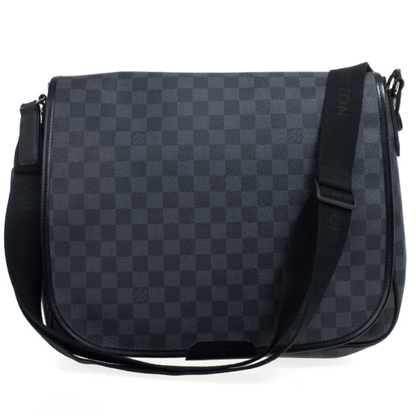 Louis Vuitton Damier Graphite Laptop Renzo Messenger Bag Nextprev Prevnext